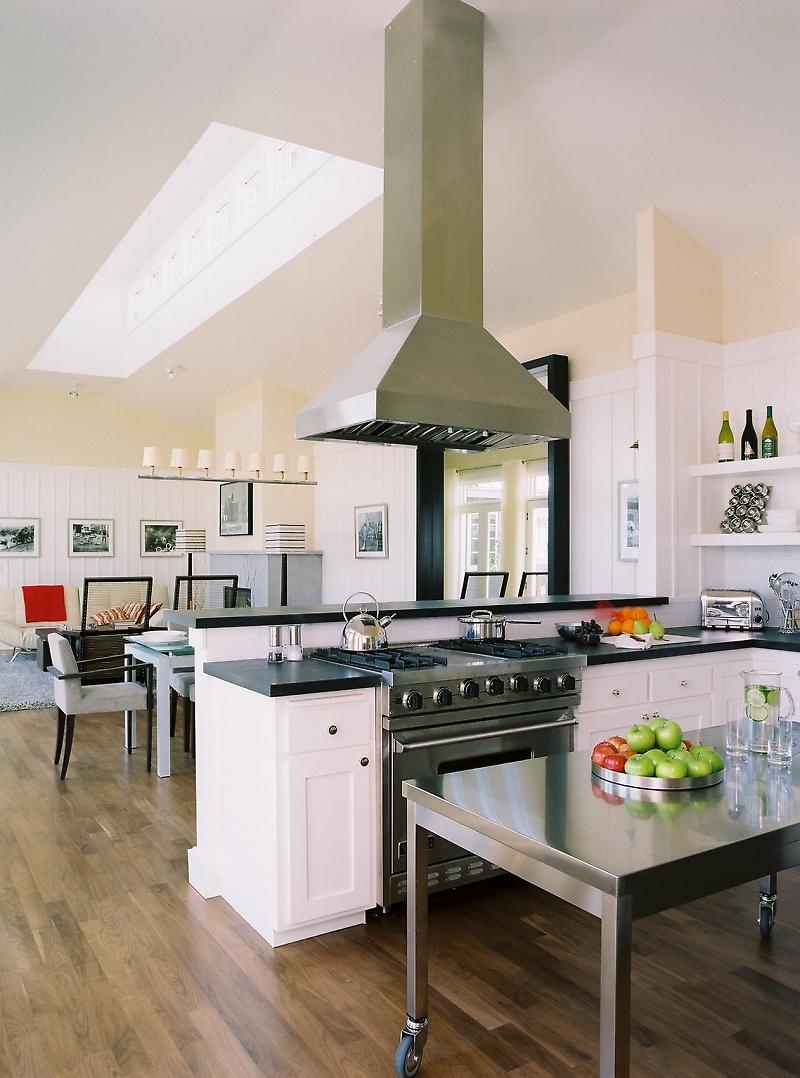 Home_-_Kitchen_-_01_-_The_Carneros_Inn_0.jpg