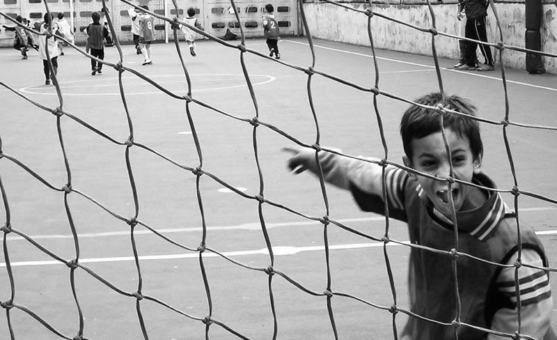 Kids_playing_soccer.jpg
